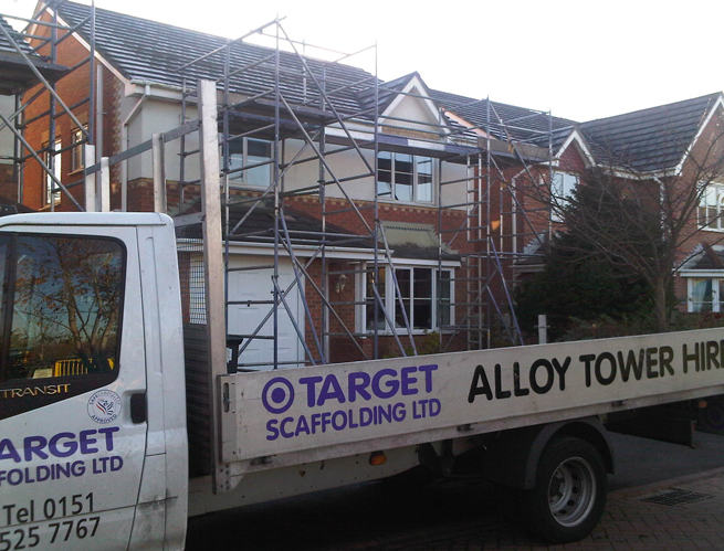 http://targetscaffolding.com/sites/default/files/scaffpic%20house%20front.jpg